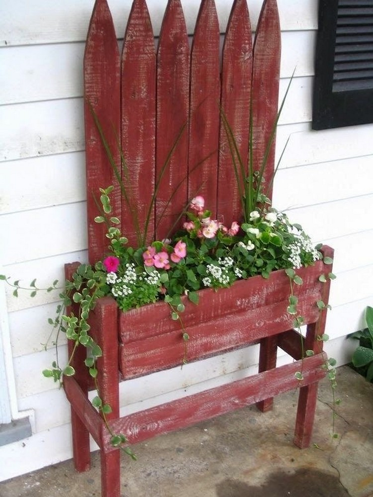 Pallet Planter Table