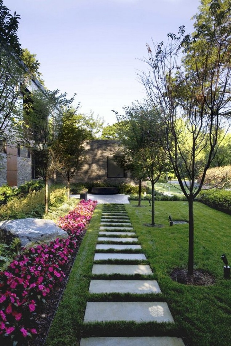 Beautiful garden pathway for every contemporary garden for Modern garden design