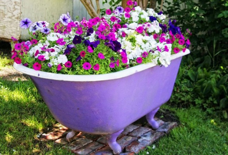 Recycle Old Bathtub Planter