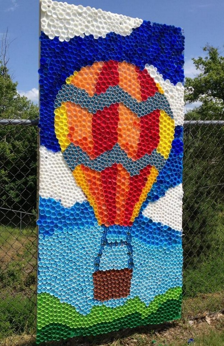 Reused bottle cap crafts recycled things - Decoration mural design ...