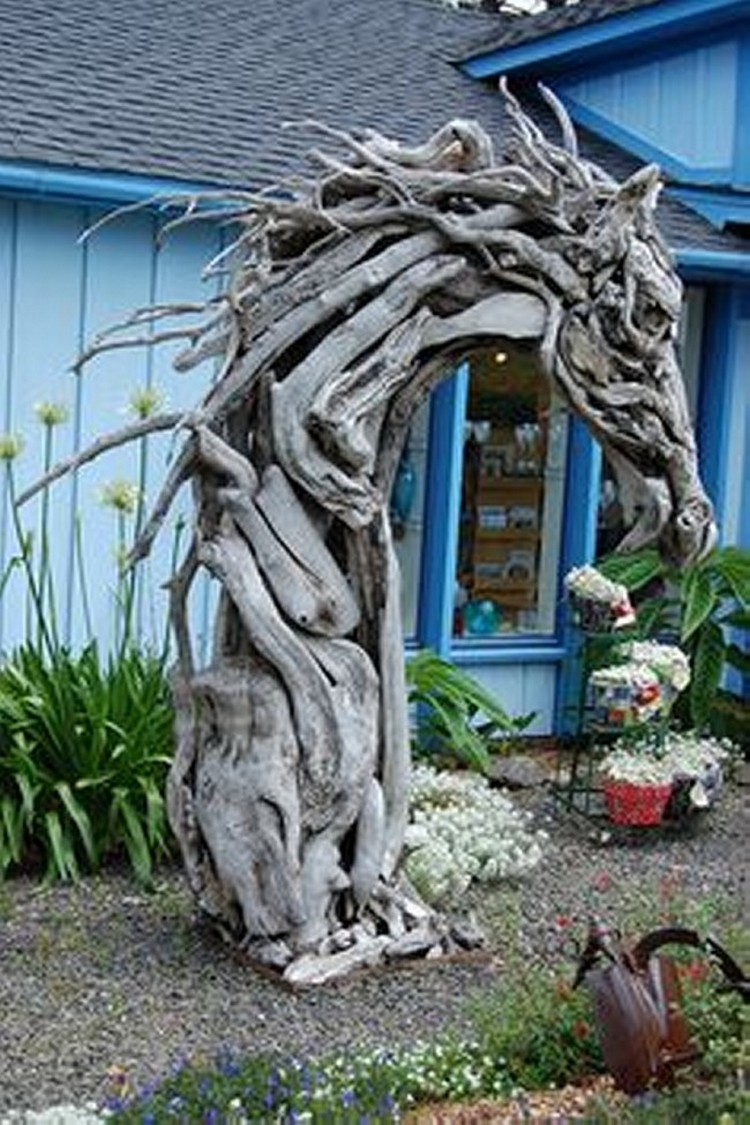 Driftwood yard art recycled things Driftwood sculptures for garden