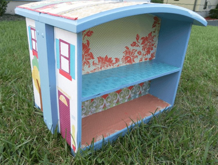 Old Drawer Recycled Doll House
