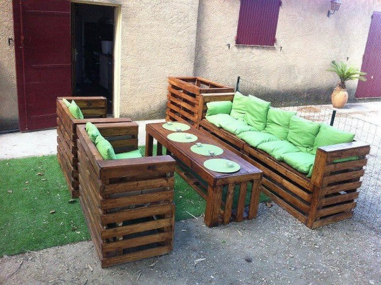 Pallet Patio Sitting Plans