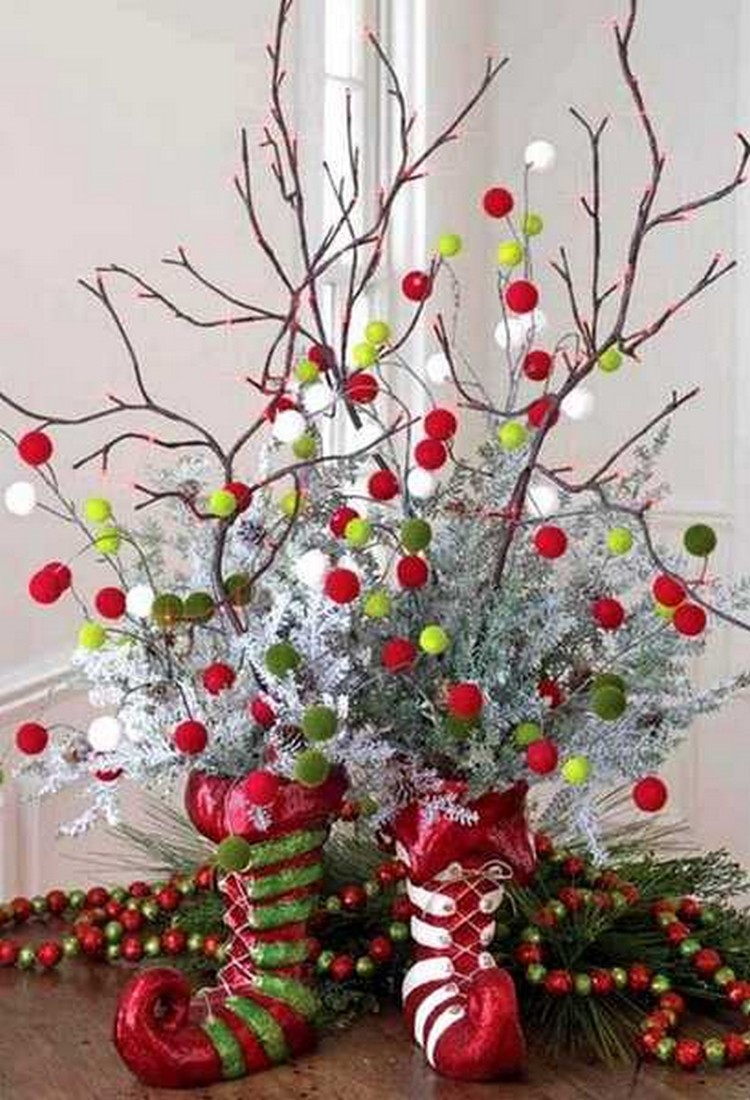 10 diy christmas decorating ideas recycled things for Christmas decoration stuff