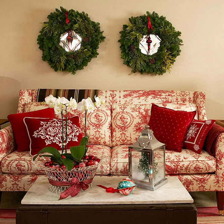10 diy christmas decorating ideas recycled things for Living room xmas ideas
