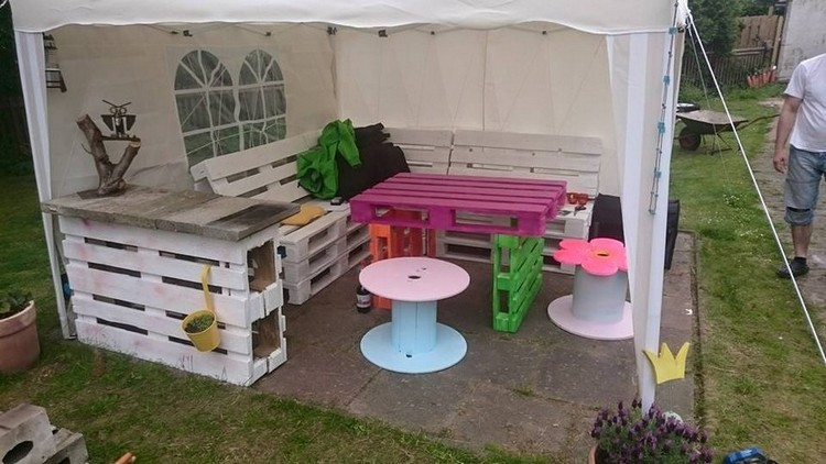 Gazebo Furniture Made with Pallets