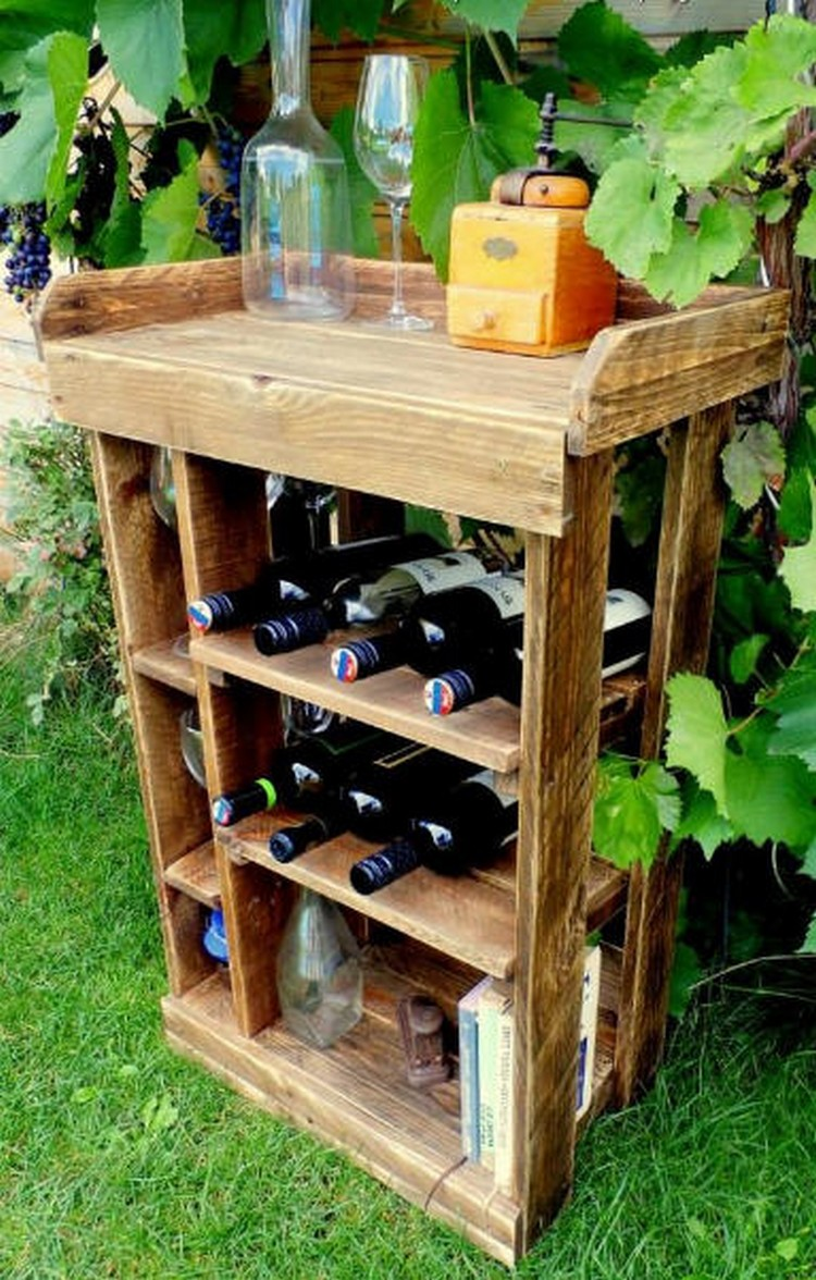 Pallet Garden Bar