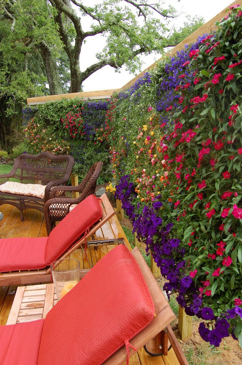 Beautiful Vertical Garden Wall Decor Ideas
