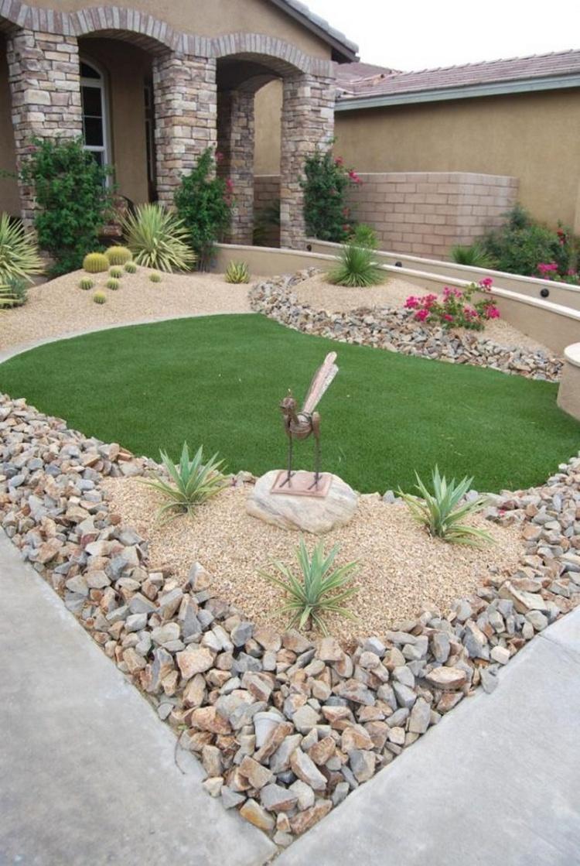 Front Yard Garden Decor Idea