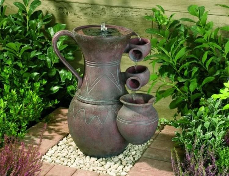Outdoor Garden Decor Idea