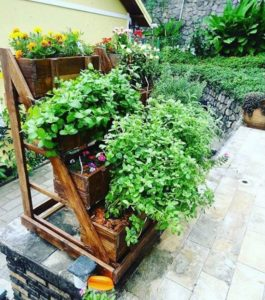 Fantastic Ways of How to Reuse Old Wooden Pallets