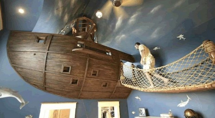 Pirate Ship Room