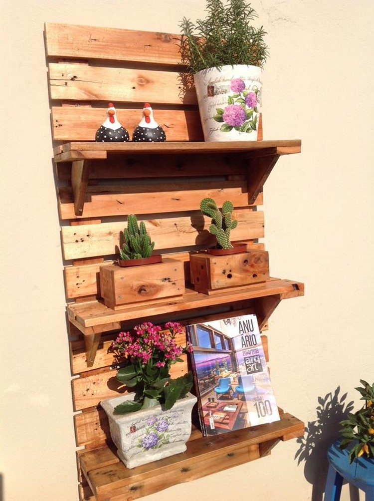 Decorative Pallet Shelf