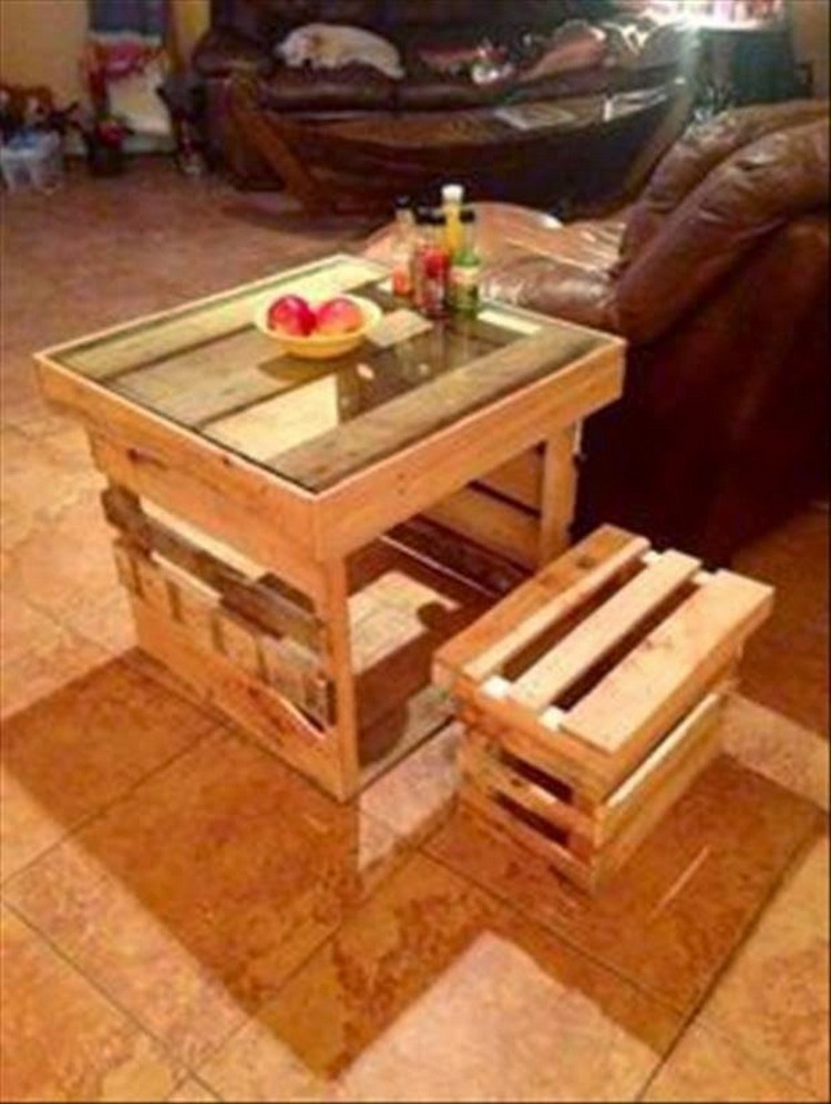 Recycled Pallet Table with Stool