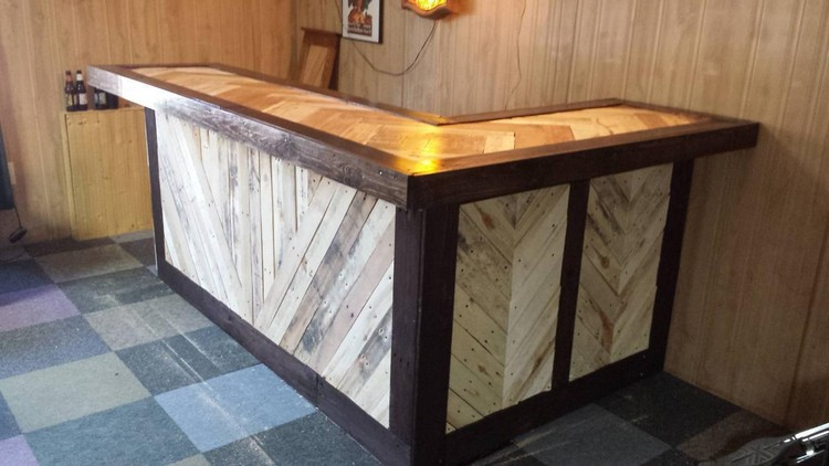 Wood Pallet Bar Project