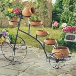 Fast and Fabulous Garden Decorating Ideas