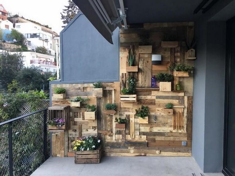 Wood Pallet Planter Idea