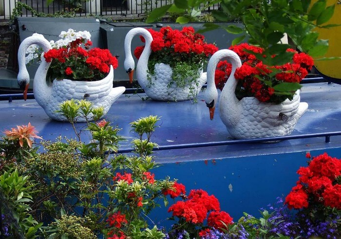 Amazing Garden Decor Idea