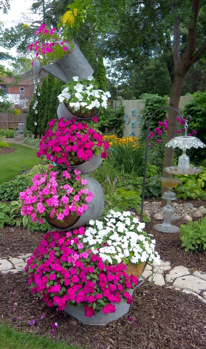 Beautiful Garden Decor Idea