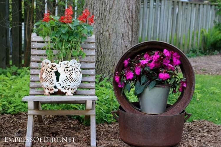 Garbage Cute Garden Art