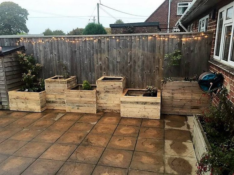 Old Wood Pallet Garden Ideas