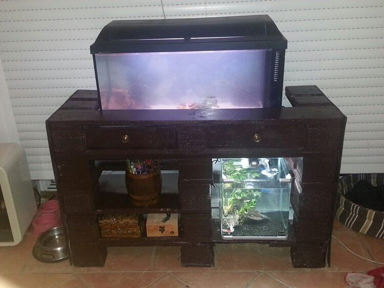 Diy wood pallet projects you should try this summer for Pallet aquarium stand