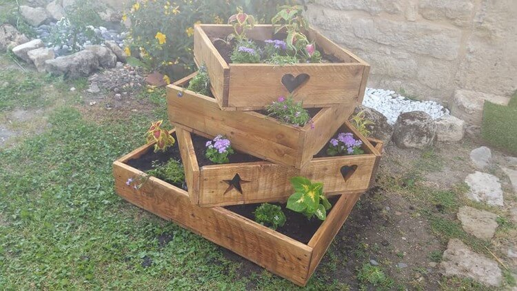 Unique Wood Pallet Planter