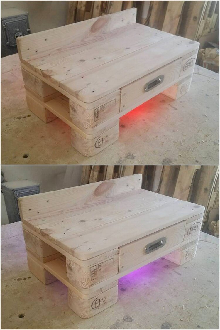 Wood Pallet Bedside Table with Indirect Light