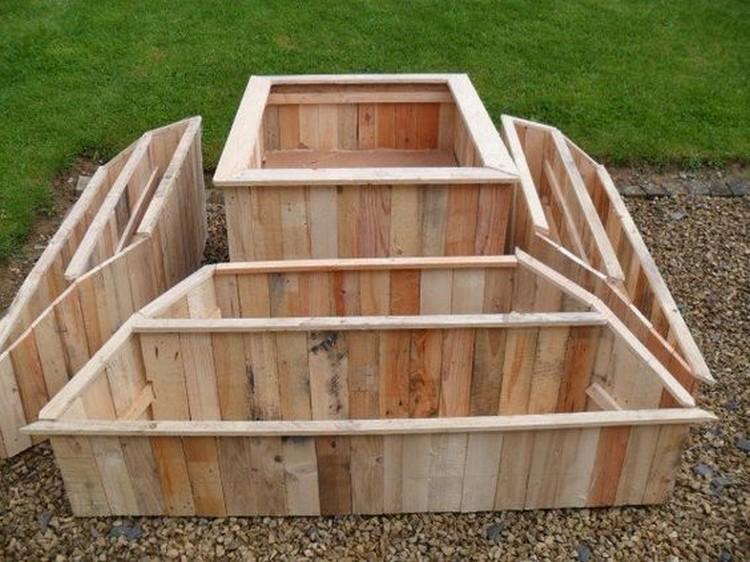 Wood Pallet Garden Idea