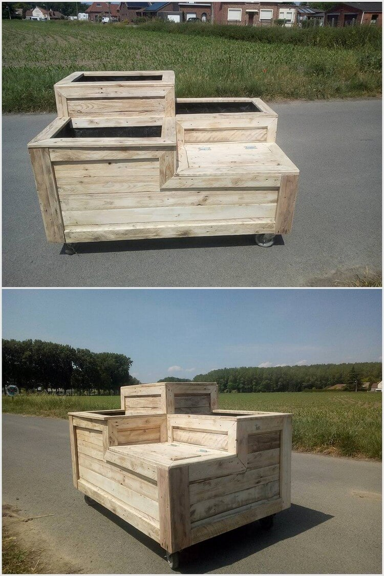 Pallet Planter on Wheels