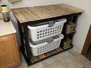 DIY Ideas to Reuse Wood Pallets and Personalize Home Decorating