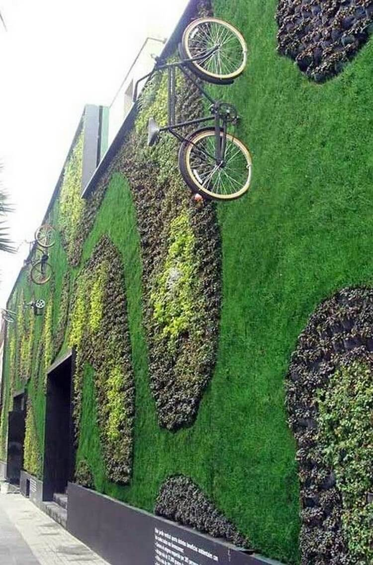 Awesome DIY Vertical Garden