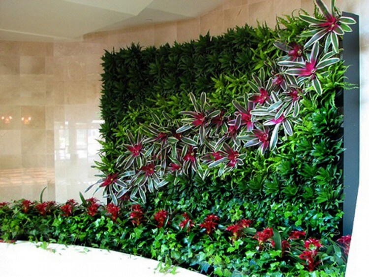 Beautiful Vertical Garden