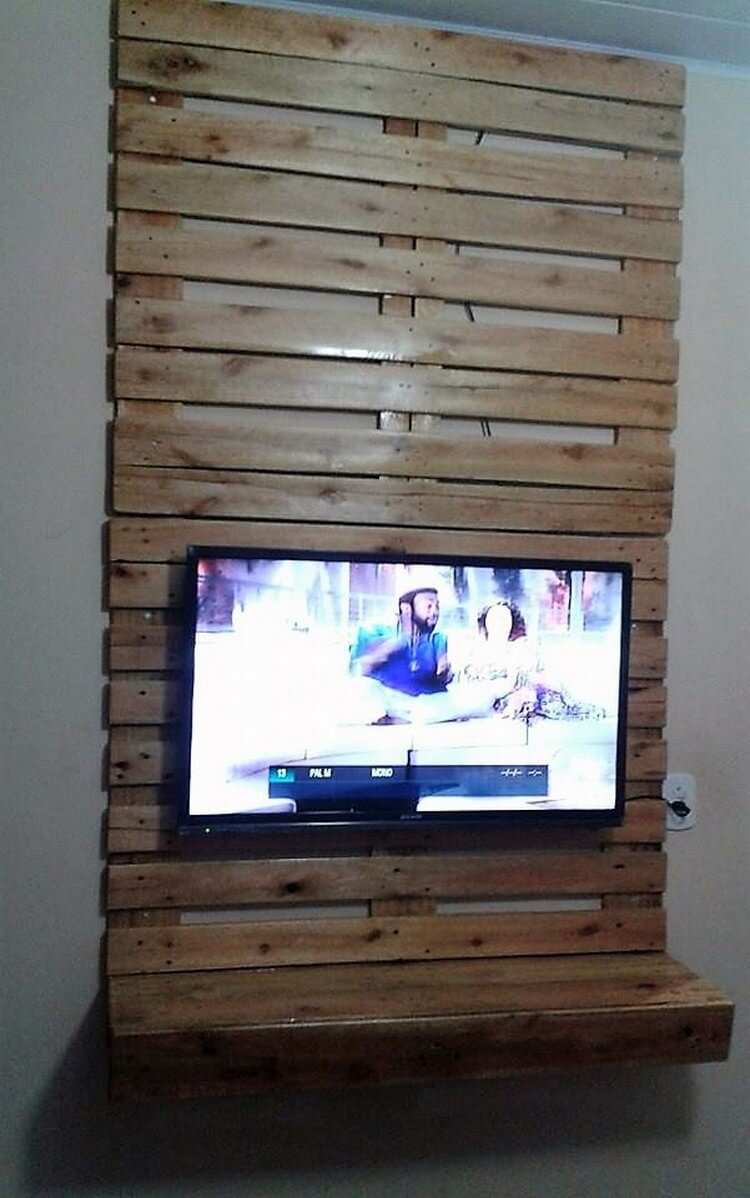 Pallet Wall LED Holder with Shelf