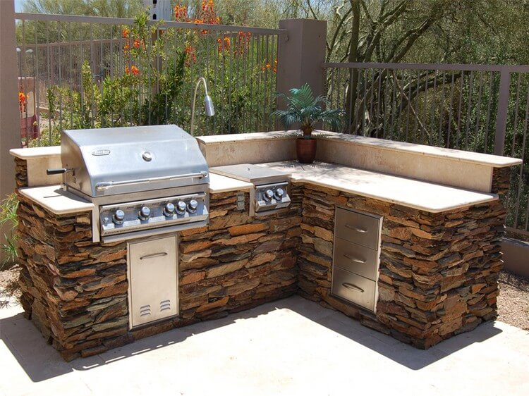 Amazing outdoor patio barbecue grill ideas recycled things for Outside barbecue area design