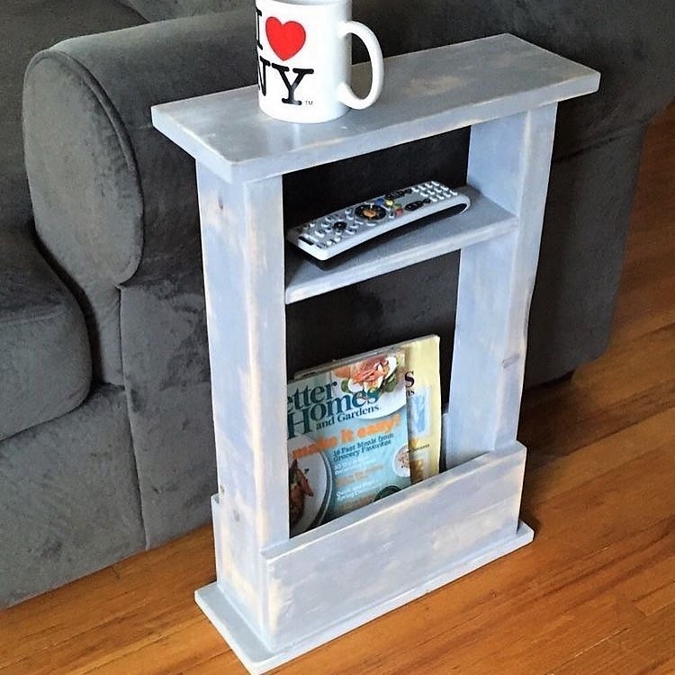 Mini Pallet Side Table