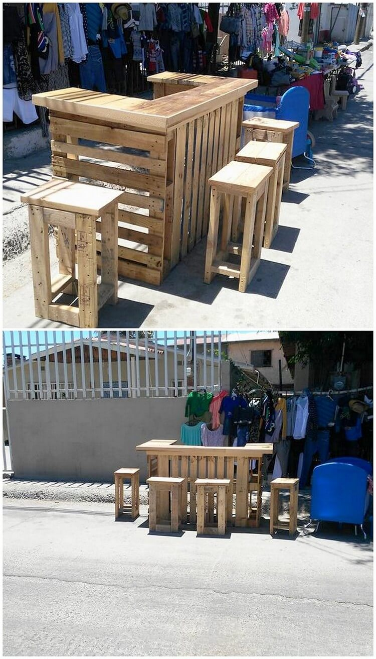 Outdoor Pallet Bar and Stools