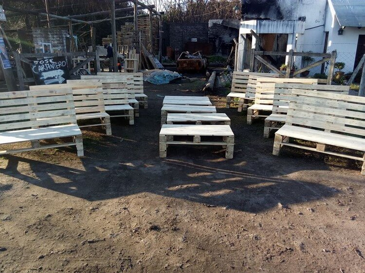 Pallet Garden Benches and Tables