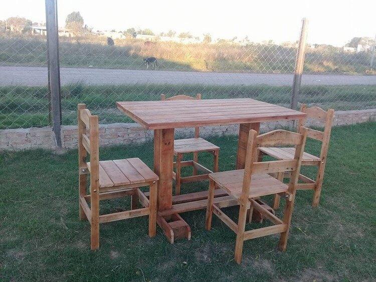Pallet Garden Dining Furniture Set