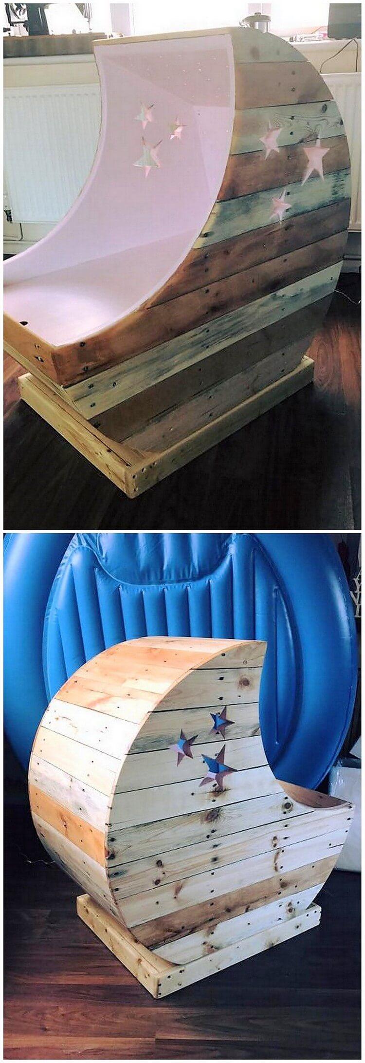 Pallet Moon Cradle Chair