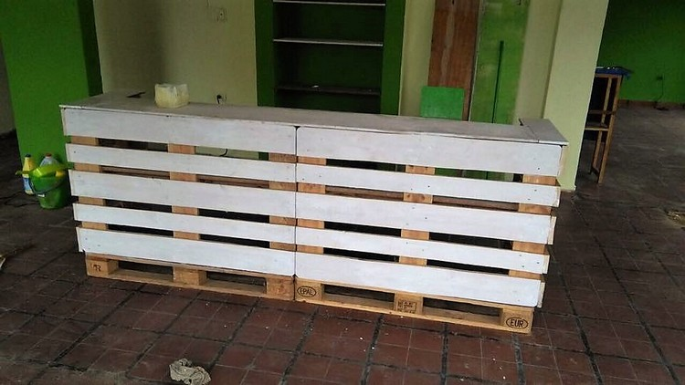 Wood Pallet Counter