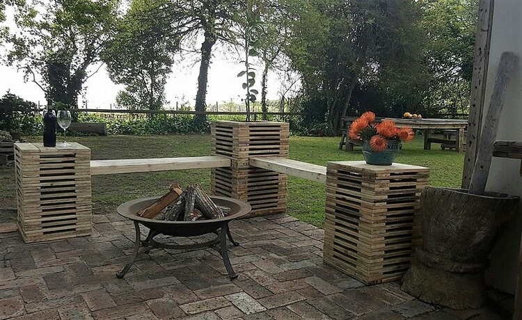 Pallet Garden Seating Plan