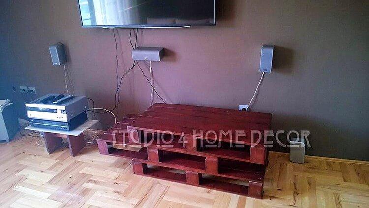 Pallet Media Table (2)