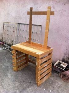 25 Cool and Easy Wood Pallet Recycling Ideas
