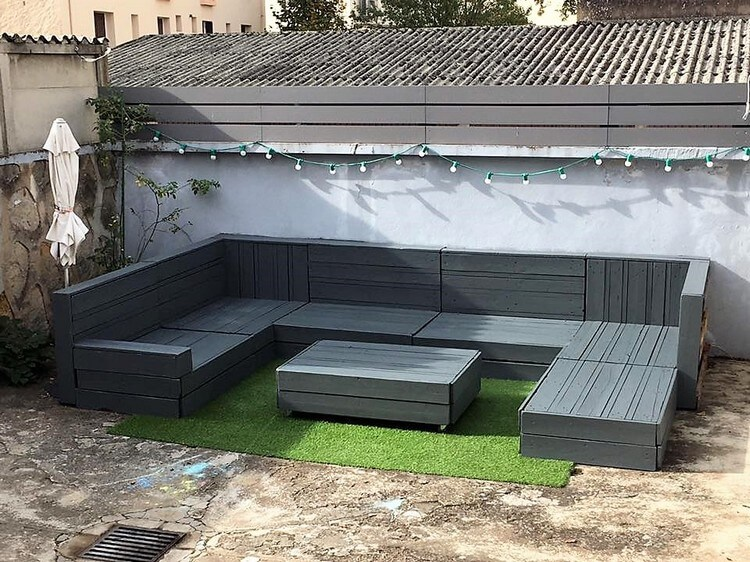 Pallet Garden Couch Set and Table