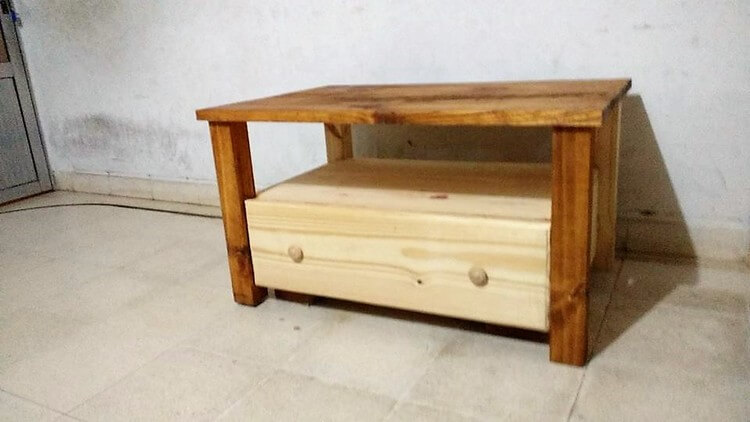 Wood Pallet Coffee Table Plan