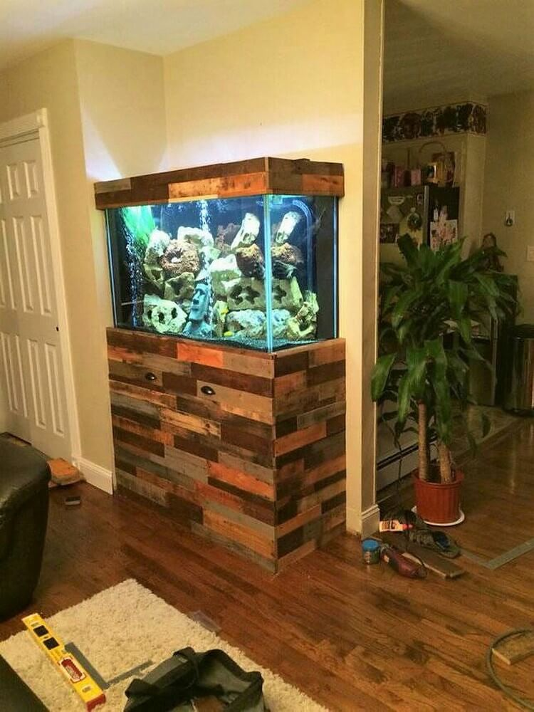 Pallet Aquarium Stand with Drawers