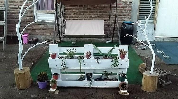 Pallet Garden Planter Stand