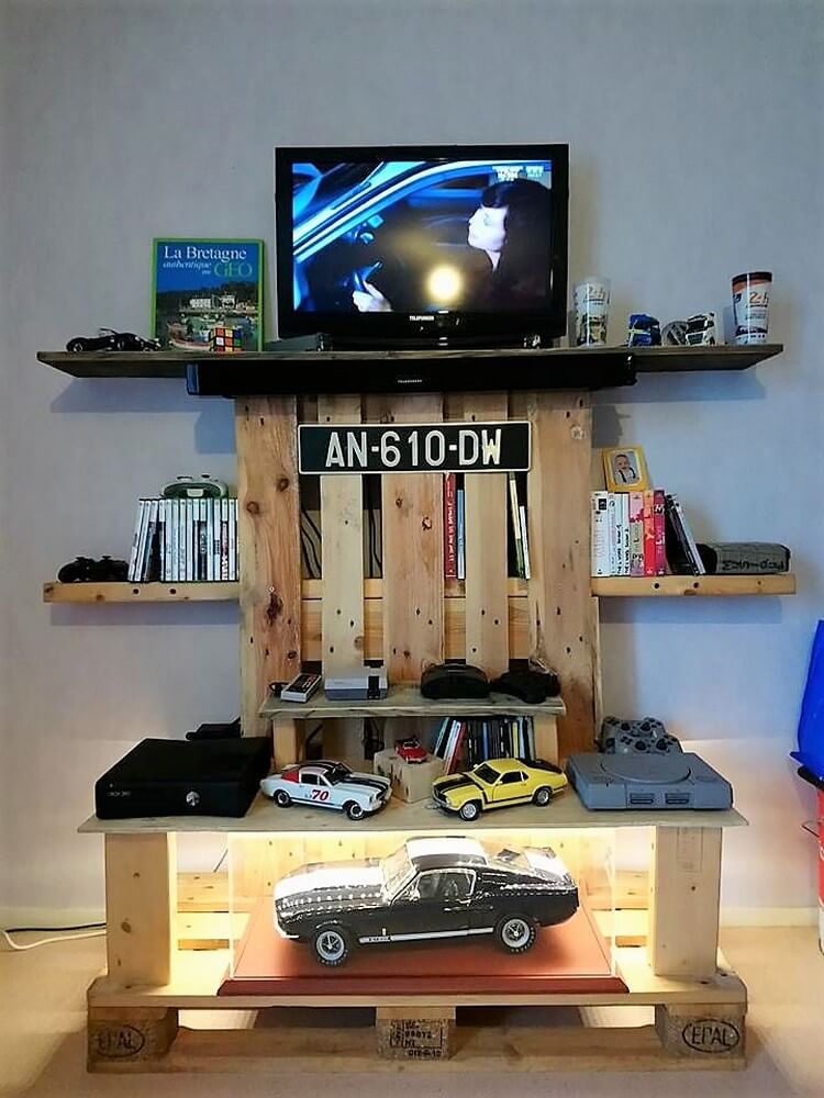 Pallet LED Stand with Book Shelves