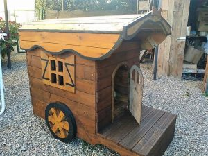 Cool and Awesome Projects to Try with Recycled Pallets